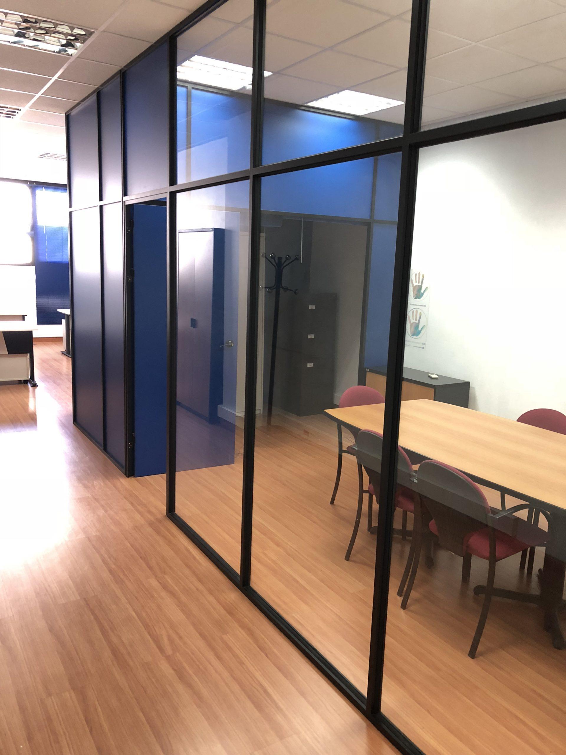 Oficina Amueblada 55 metros