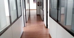 Oficina representativa 350 metros